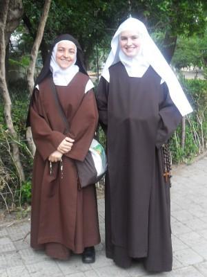 Carmelite nuns